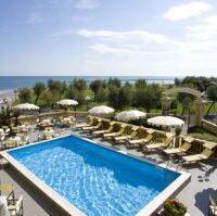 Grand Hotel Vittoria4